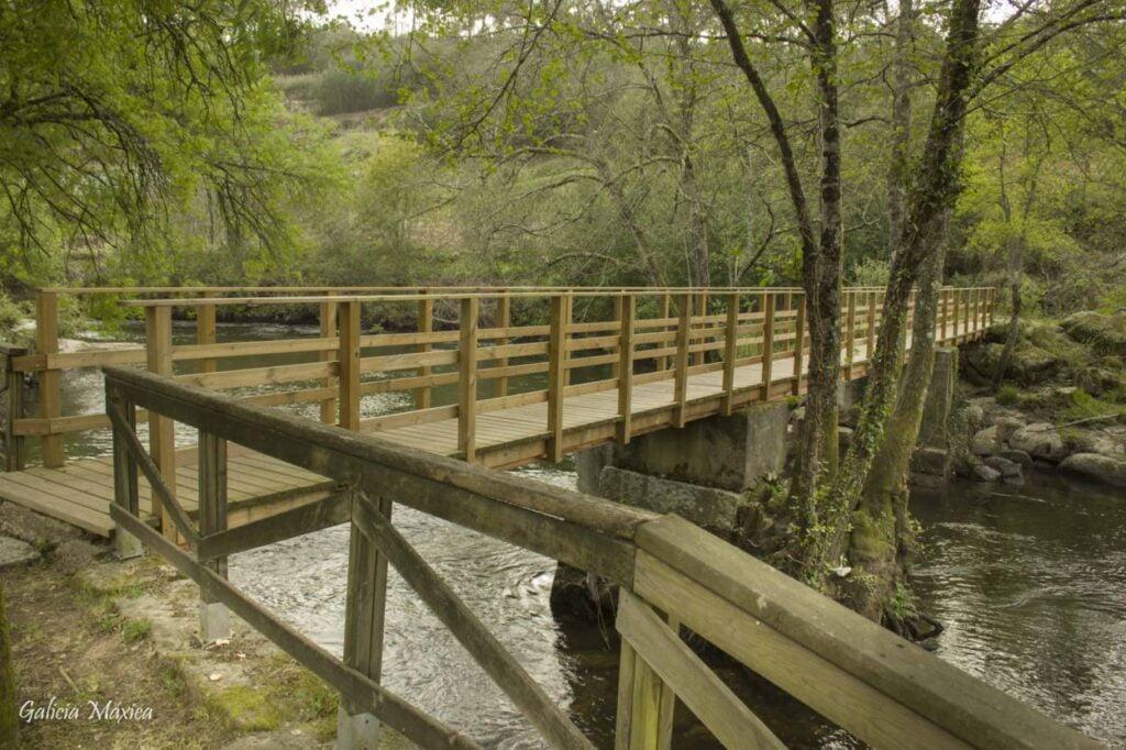 Puente del río Arnoia