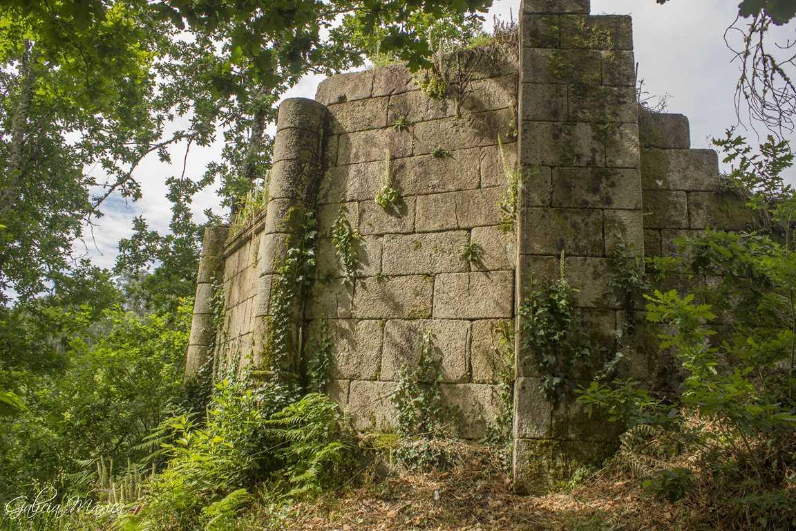 Casteláns ruinas románicas
