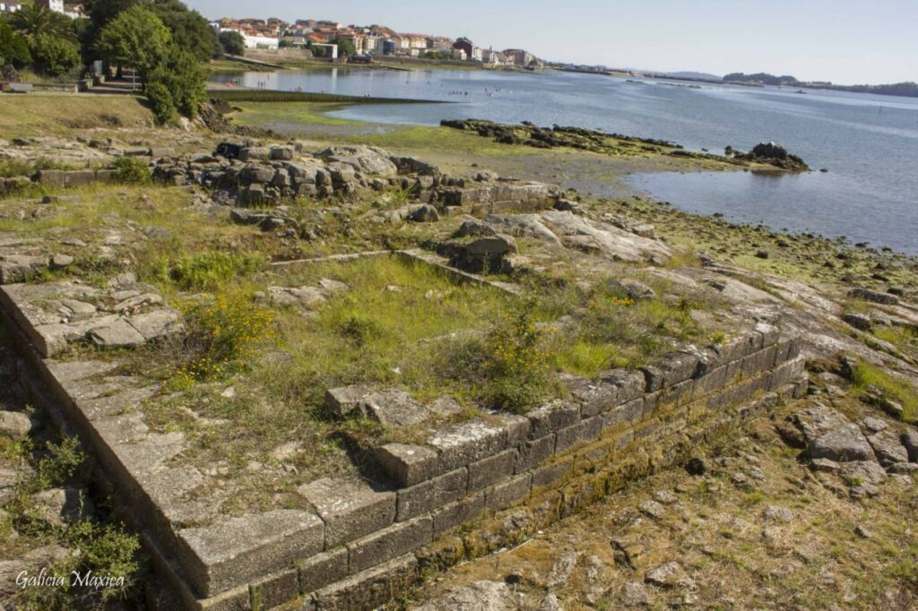 Restos del castillo de Rianxo