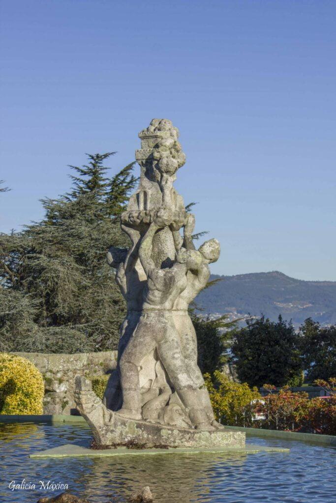 Monumento ao empuxe vigués