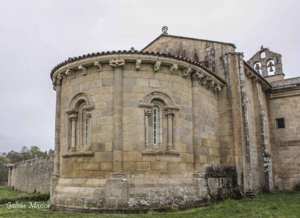 Ábside de la iglesia de Ferreira de Pantón