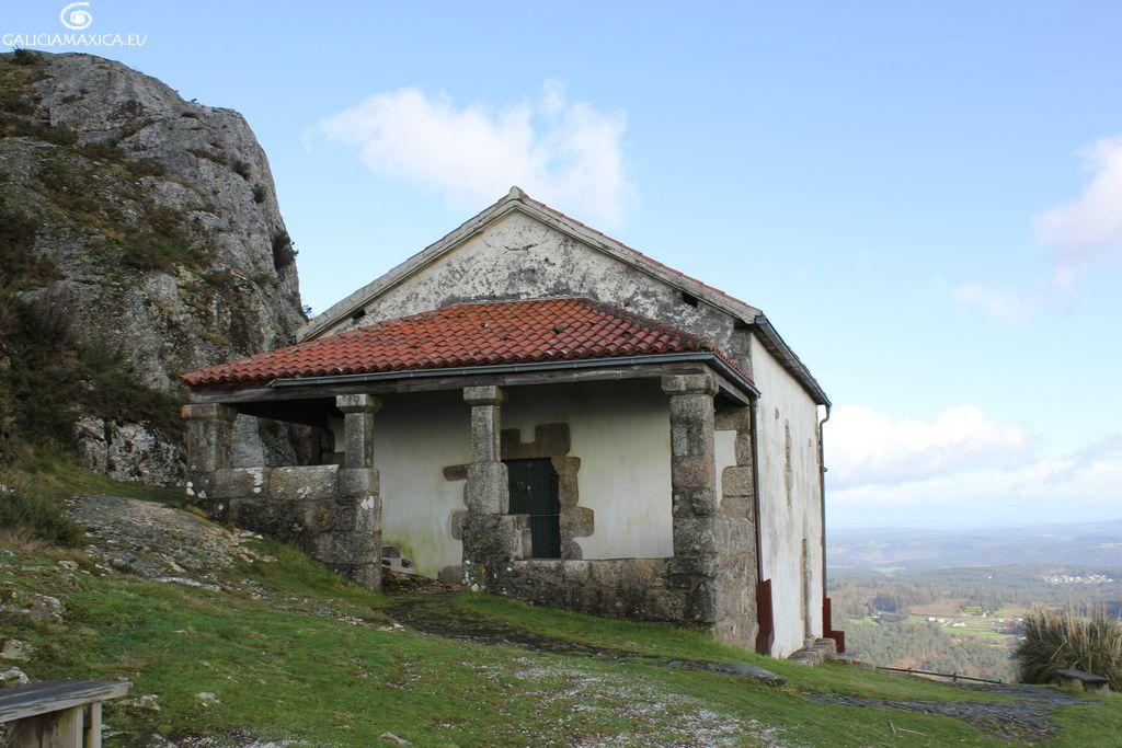 Capilla del Pico Sacro