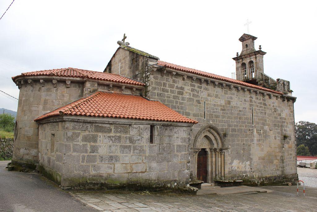 Iglesia de Castrelos