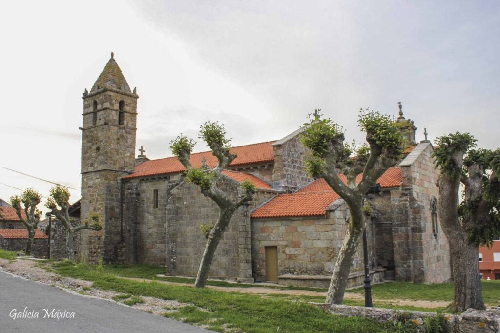 Iglesia de Santa María das Areas
