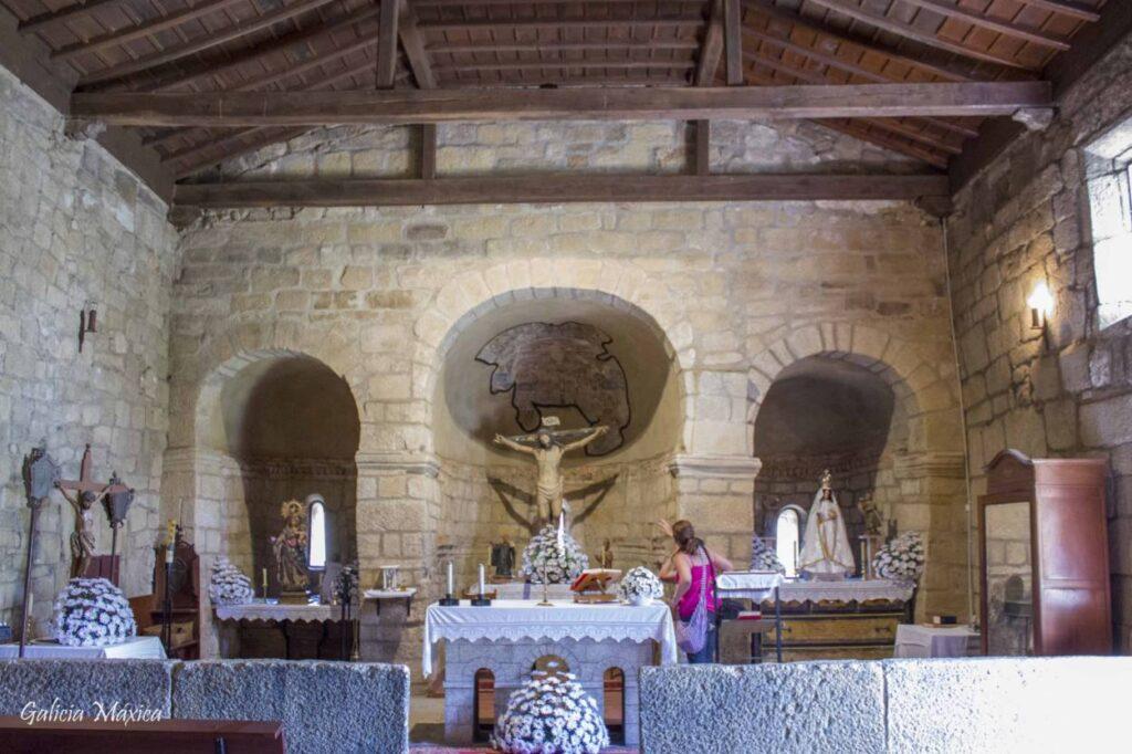 Iglesia de Mixós