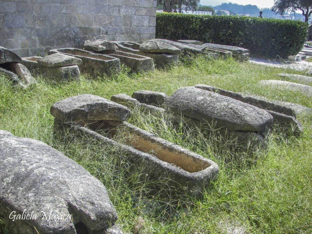 Sarcófagos de Iria Flavia