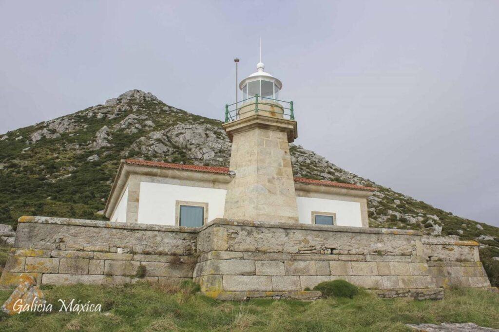 Faro de Monte,Louro