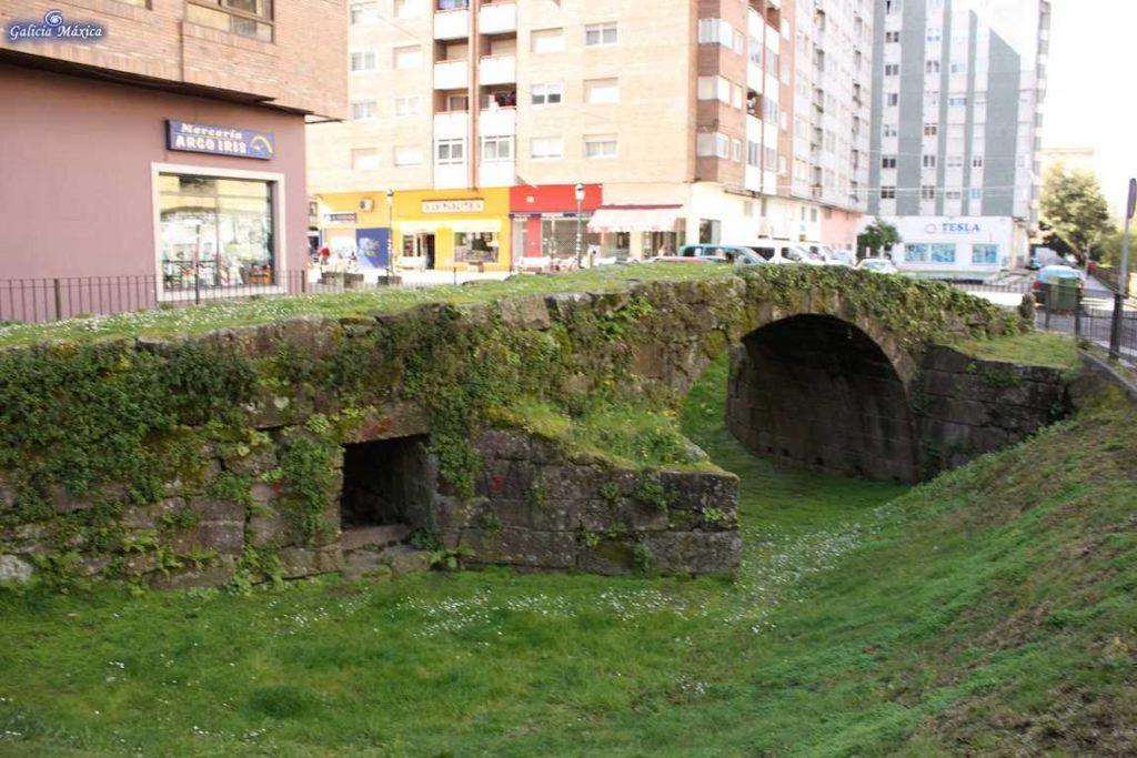 Puente sobre el Lagares