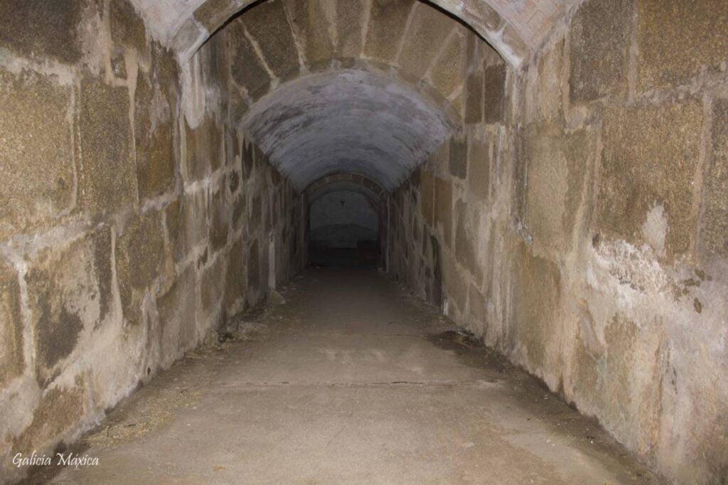 Ruinas militares de Punta Segaño