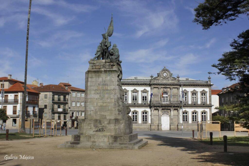 Monumento a los héroes de Pontesampaio
