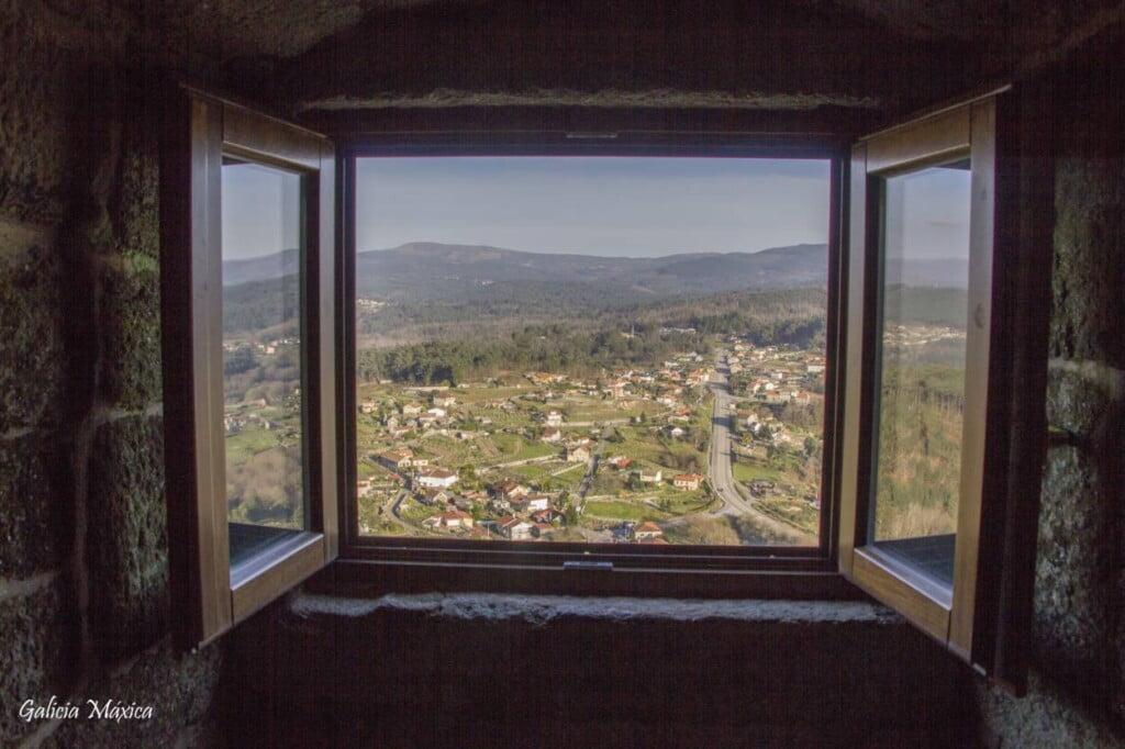 Ventana y vistas de Mondariz