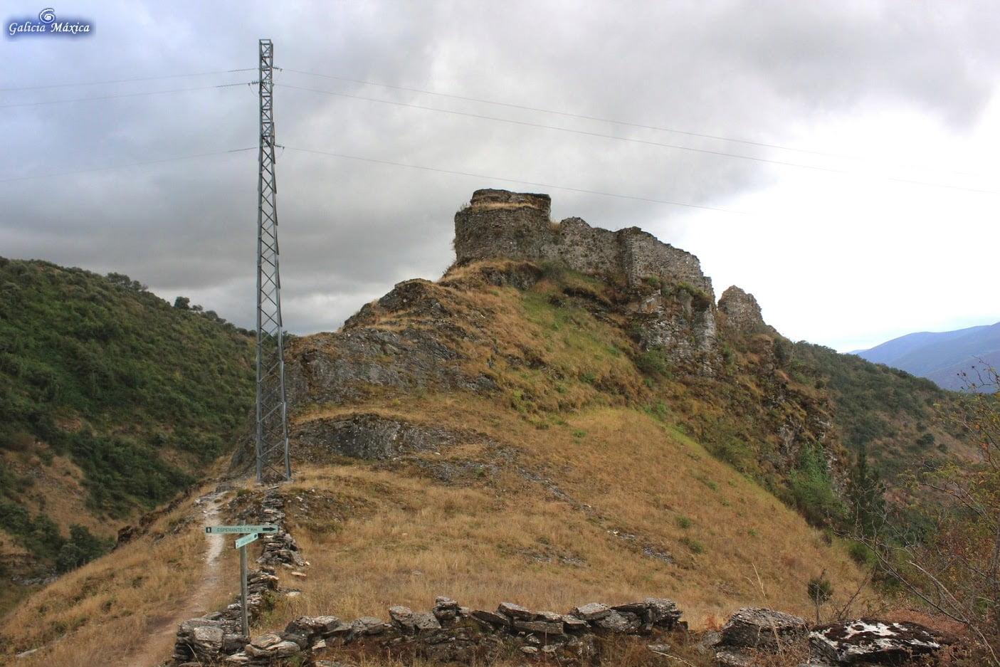 Castillo de Carbedo