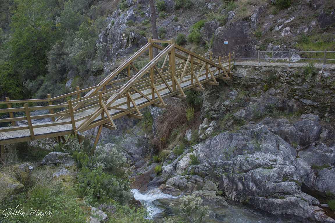 Puente del Pozo do Arco