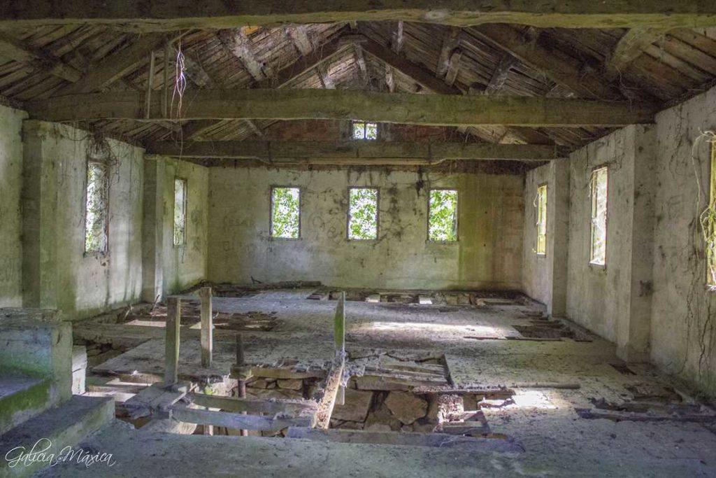 Interior del aserradero