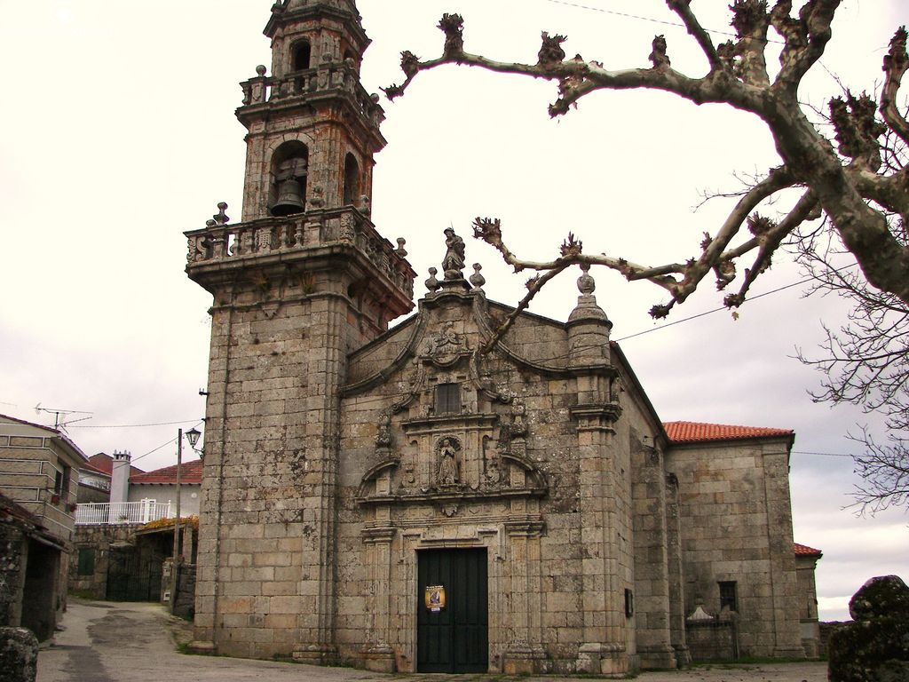 Iglesia e Carballeda