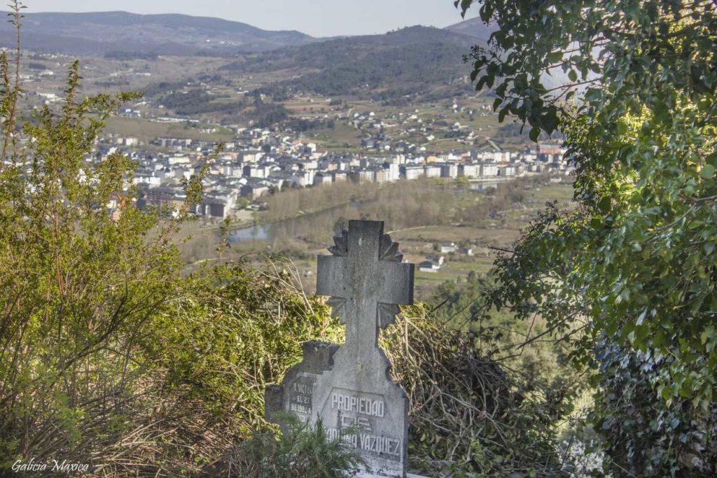 Cementerio y O Barco de Valdeorras