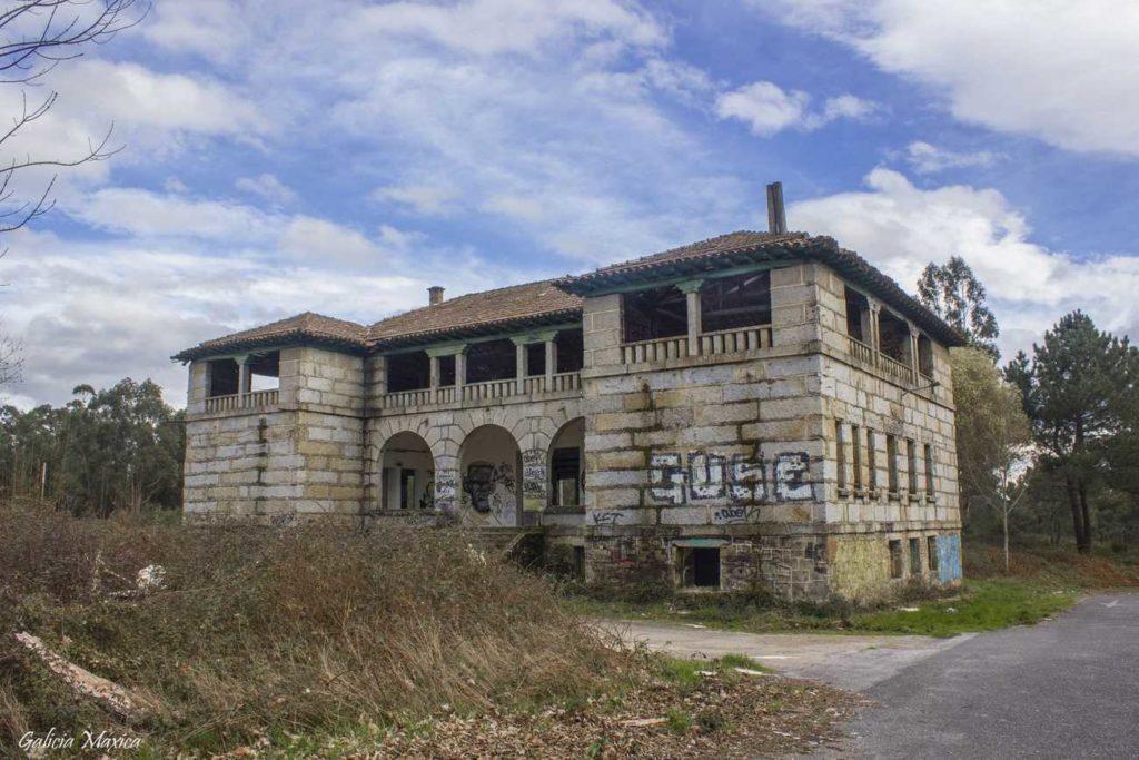 Uno de los edificios