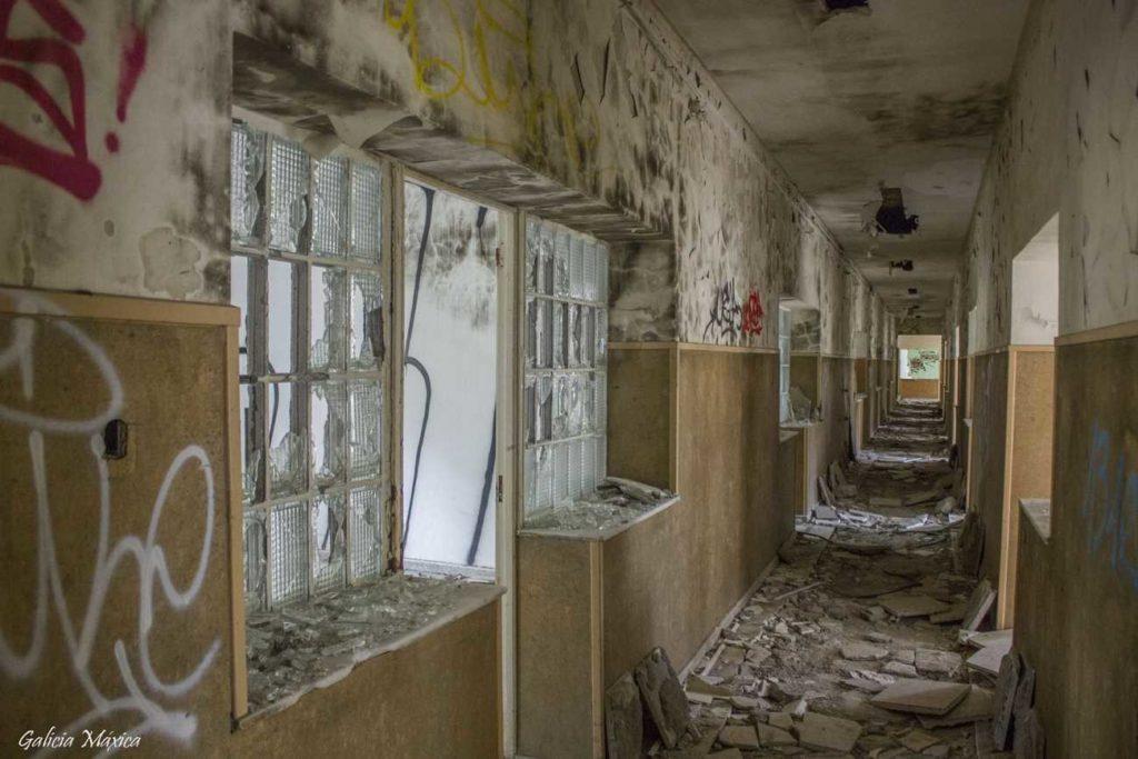 Pasillos abandonados