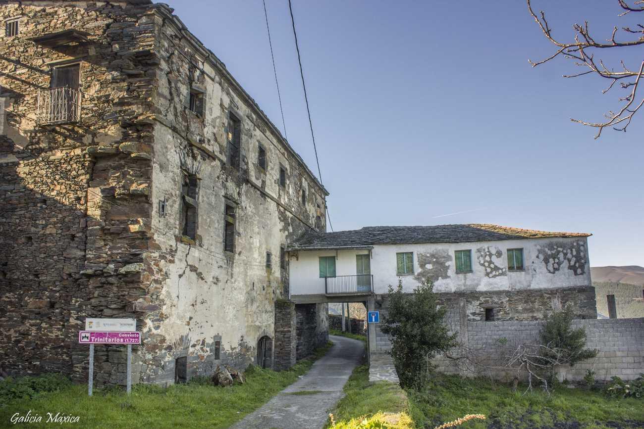 Convento de Correxais