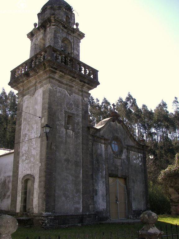 Iglesia de Moeche