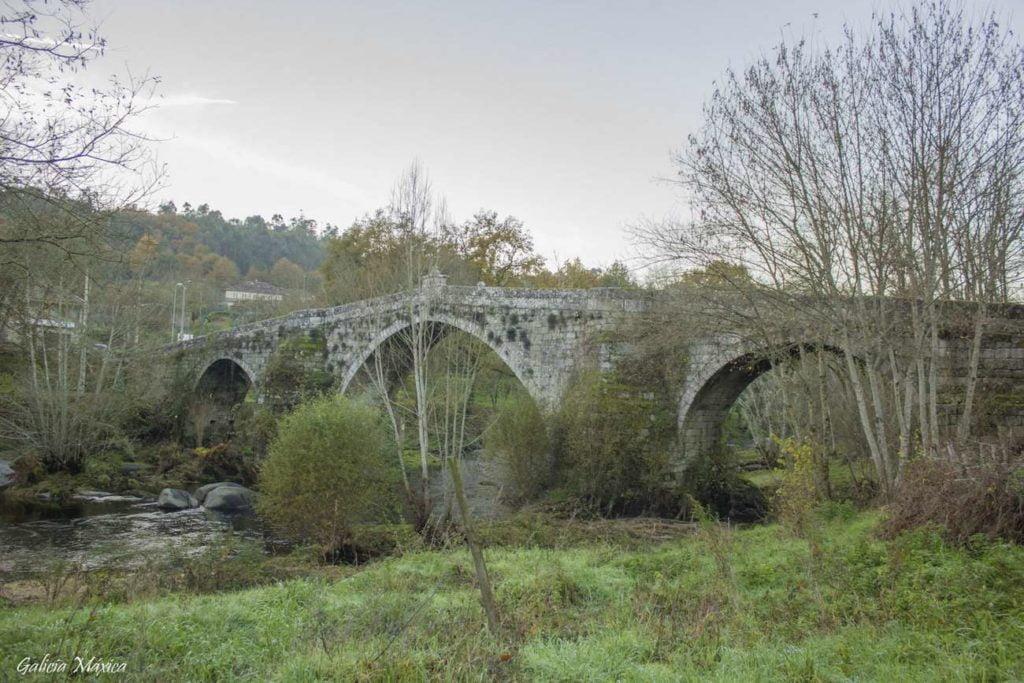 Puente Río Avia
