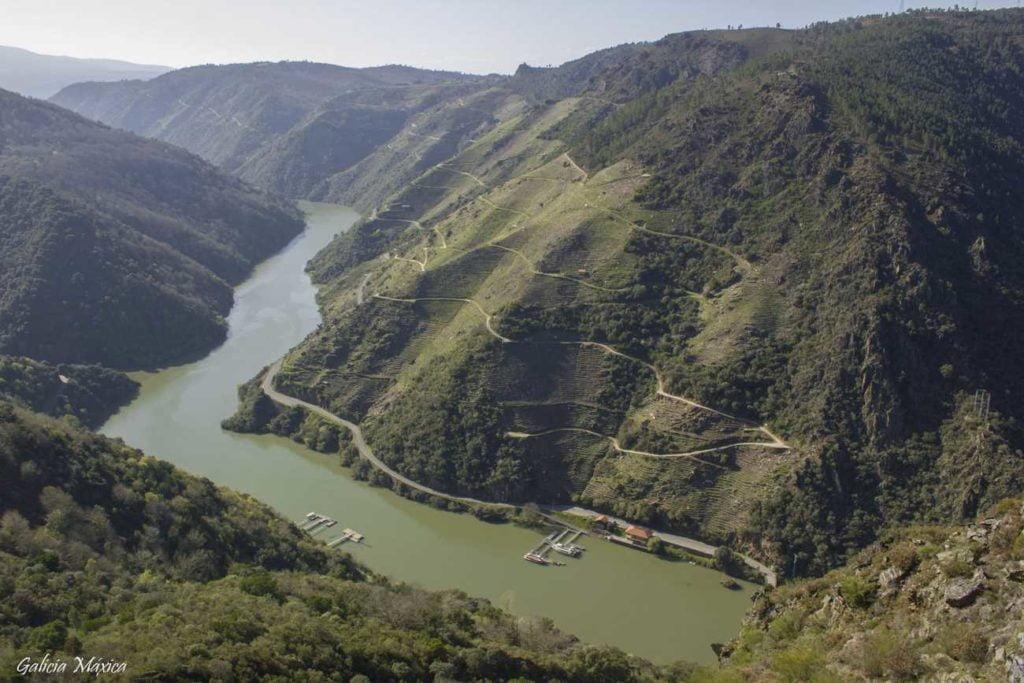 Embarcaderos de Sober y Castro Caldelas
