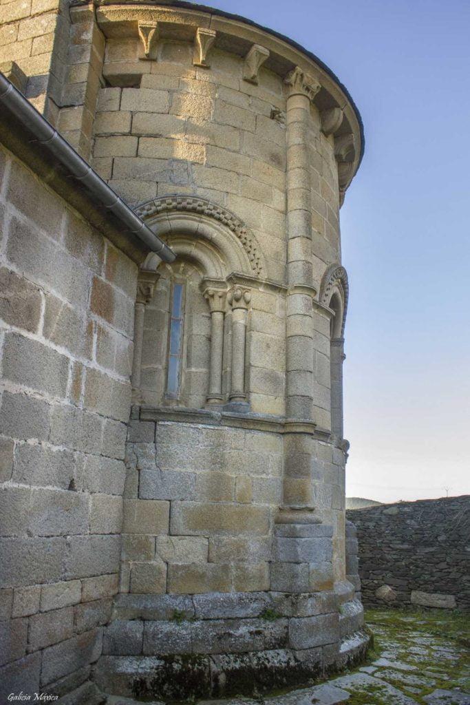 Ábside románico