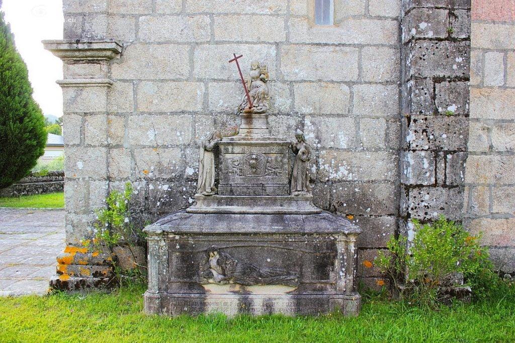 Panteón de Cerviño
