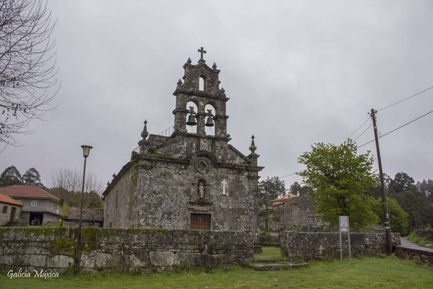 Iglesia de Almofrei