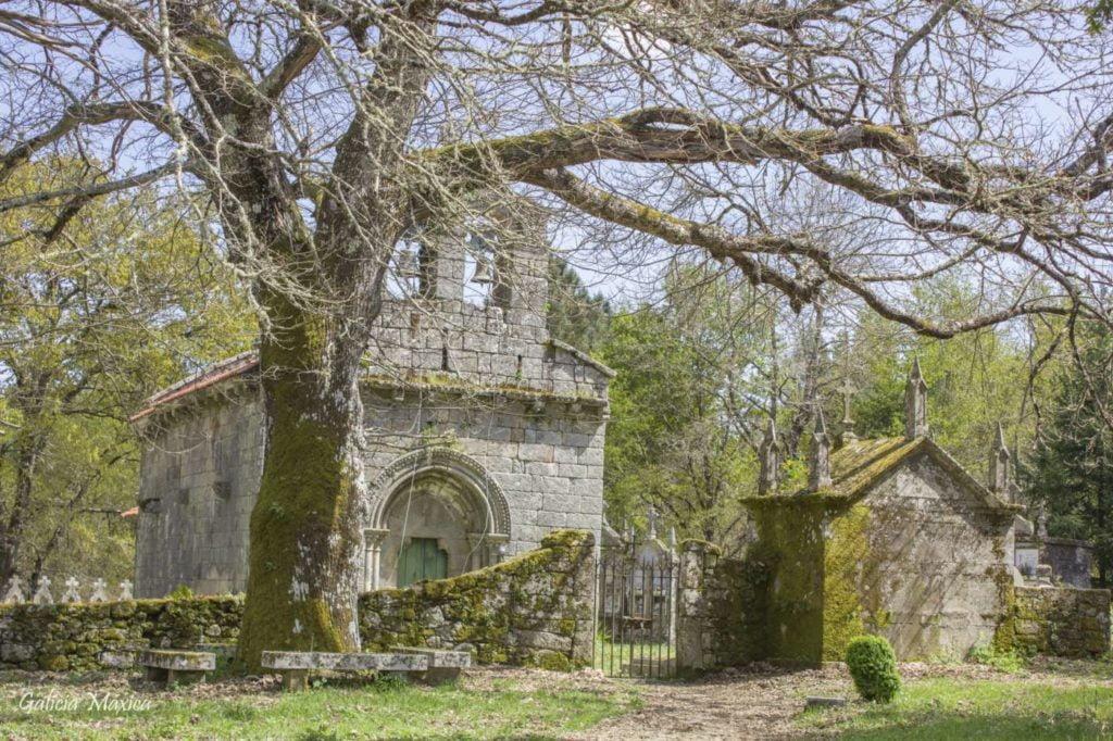 Iglesia de Moldes