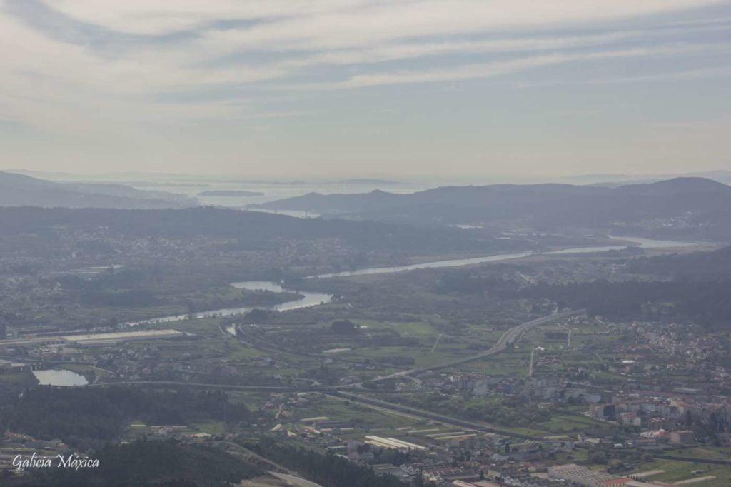 Padrón y la desembocadura del río Ulla