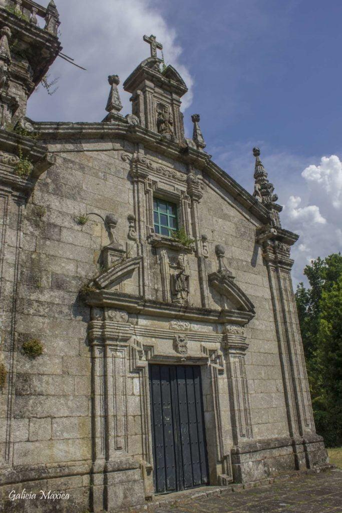 Iglesia de San Martiño de Barcia de Mera
