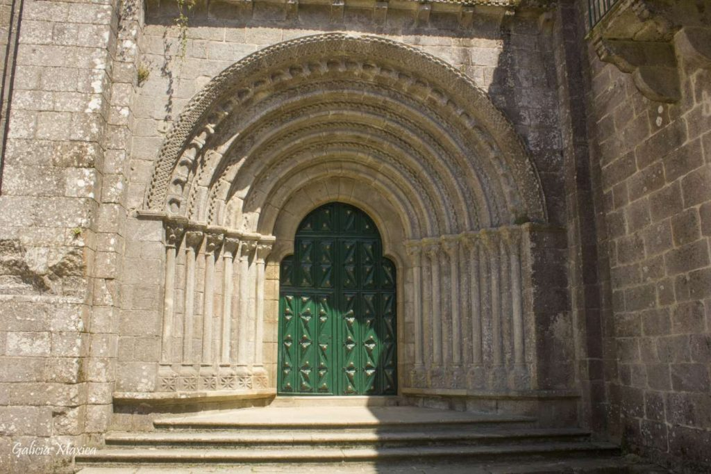 Portada monasterio de Armenteira
