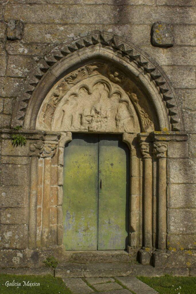 Portada gótica de la iglesia de Santo Domingo