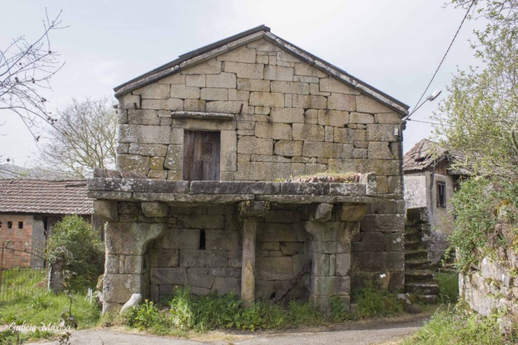 Casa abandonada en Codesás