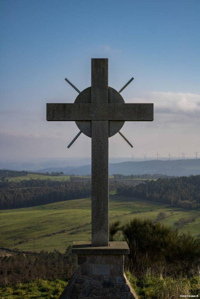 Gran Cruz del Monte do Cotro