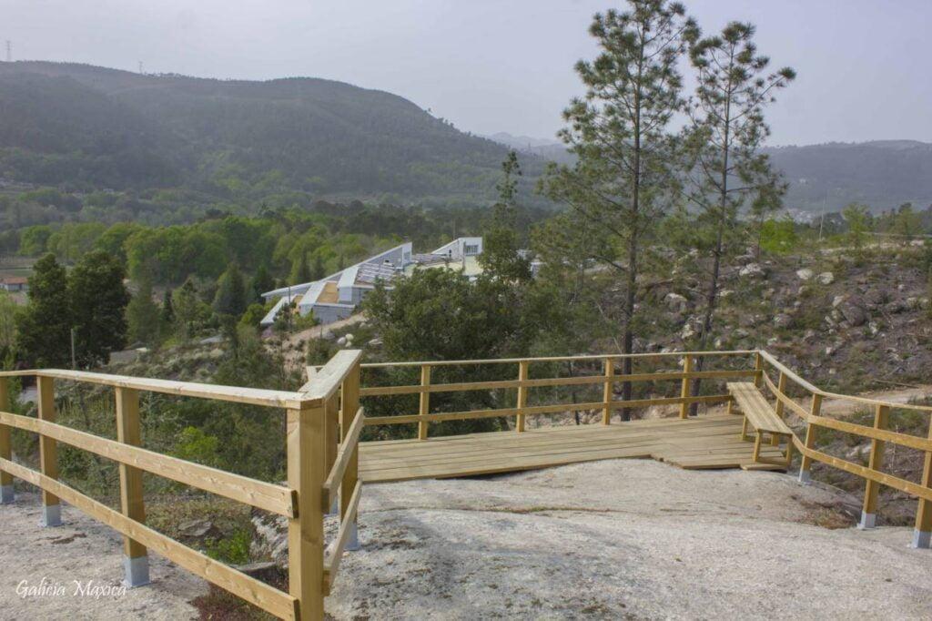 Balneario de Arnoia desde Monte dos Chaos