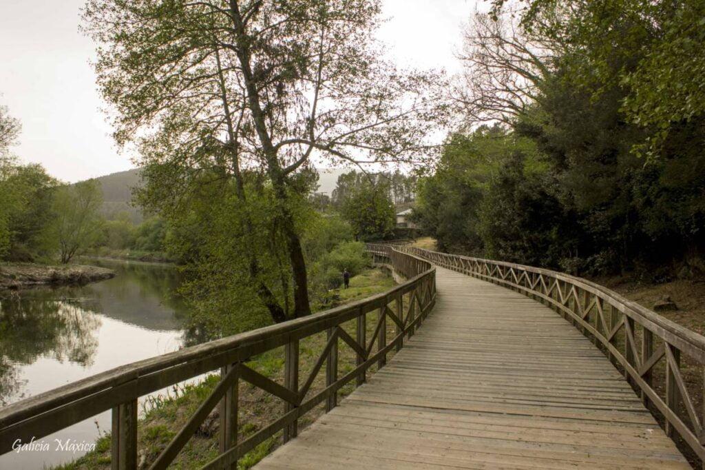 Paseo fluvial del río Arnoia