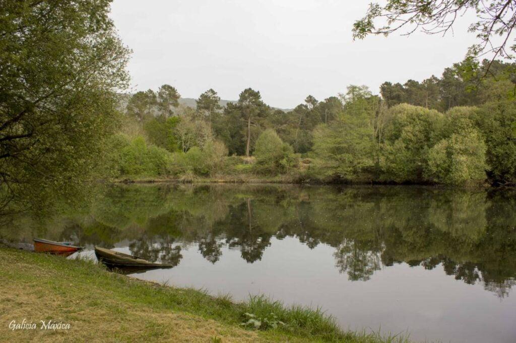 Desembocadura del Arnoia en el río Miño