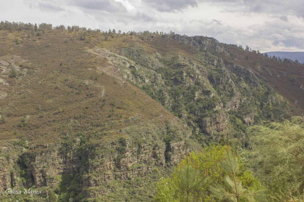 Plegamiento geológico de Campodola y Leixazós