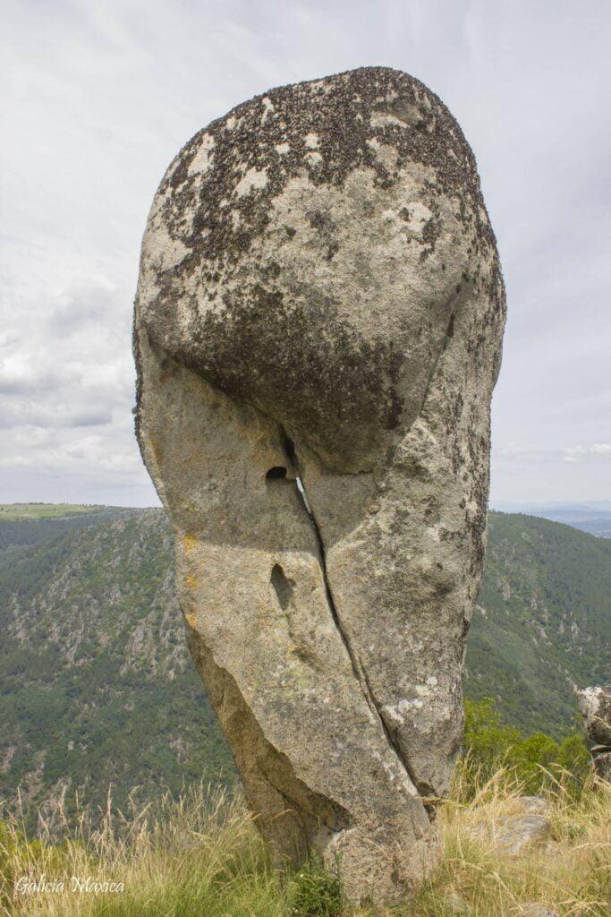 Monolito rocoso